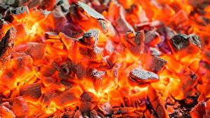 Pictures Closeup Macro Bonfire Smoldering coals