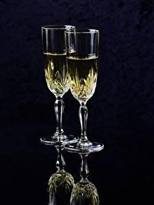Hintergrundbilder Champagner Schwarzer Hintergrund Weinglas Zwei Lebensmittel