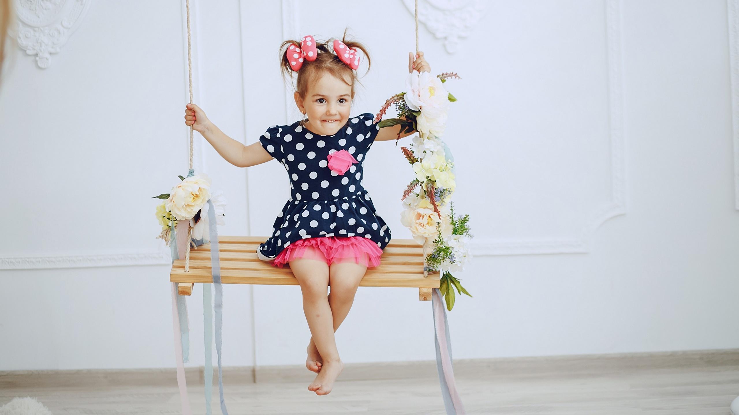 2560x1440  Balançoire Petites filles Les robes Enfants