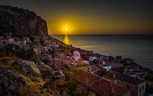 Bilder Griechenland Haus Sonnenaufgänge und Sonnenuntergänge Meer Felsen Sonne Dach Monemvasia Städte