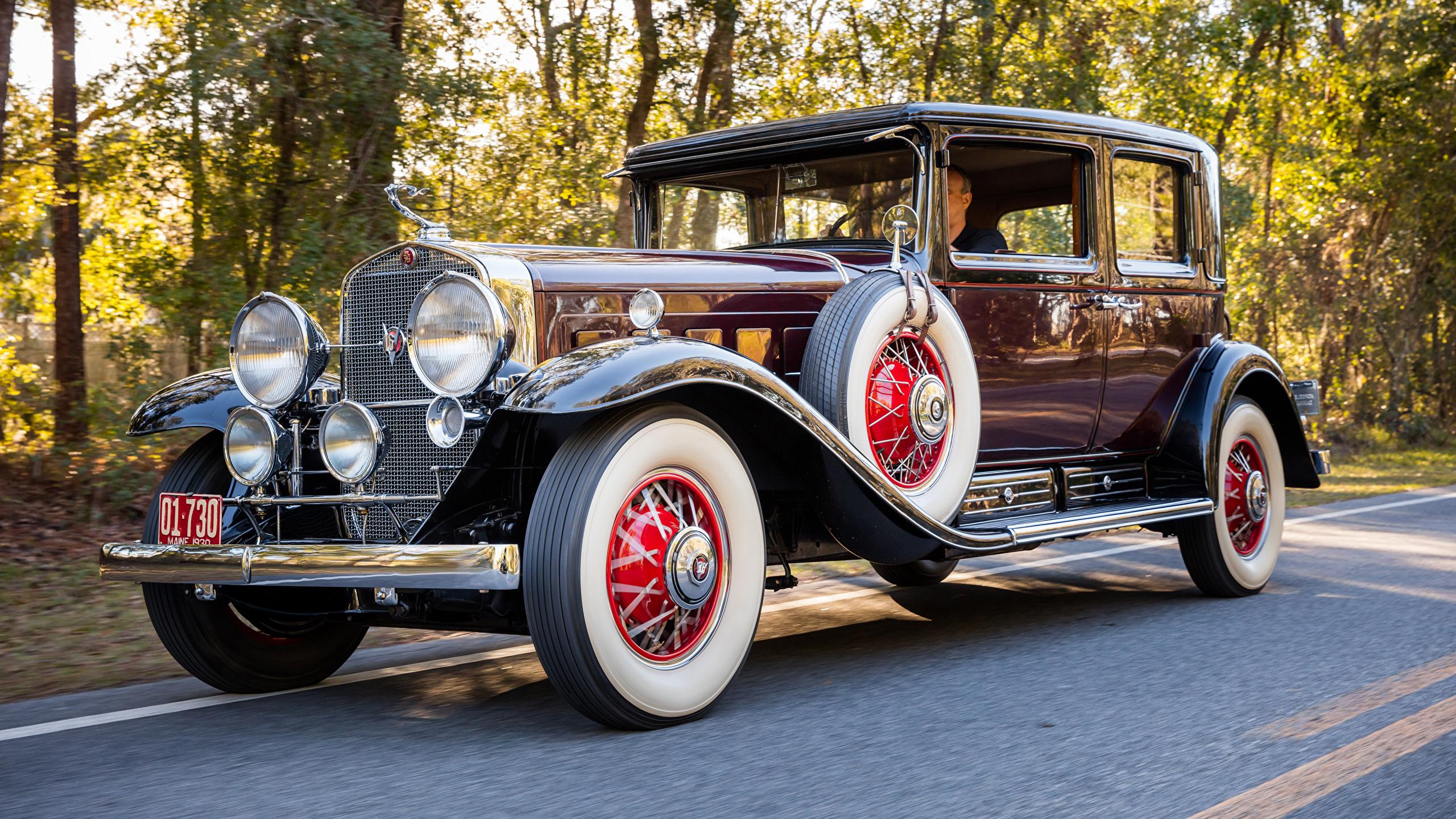 Photo Cadillac 1930 V16 452 Club Sedan By Fleetwood Retro 2560x1440