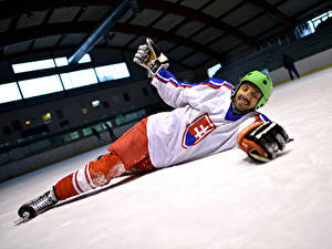 Images Hockey Man Uniform Helmet