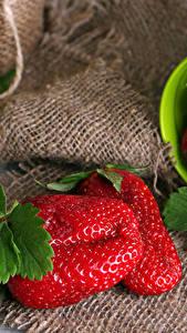 Bilder Erdbeeren Hautnah Bretter