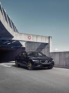 Bilder Volvo Schwarz Metallisch 2018-19 S60 T8 Polestar Engineered auto