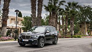 Fondos de Pantalla BMW Negro Metálico Crossover 2019 X7 M50d Worldwide el carro