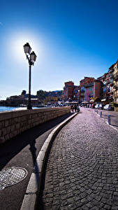 Fotos Frankreich Haus Straße Zaun Straßenlaterne Villefranche sur Mer