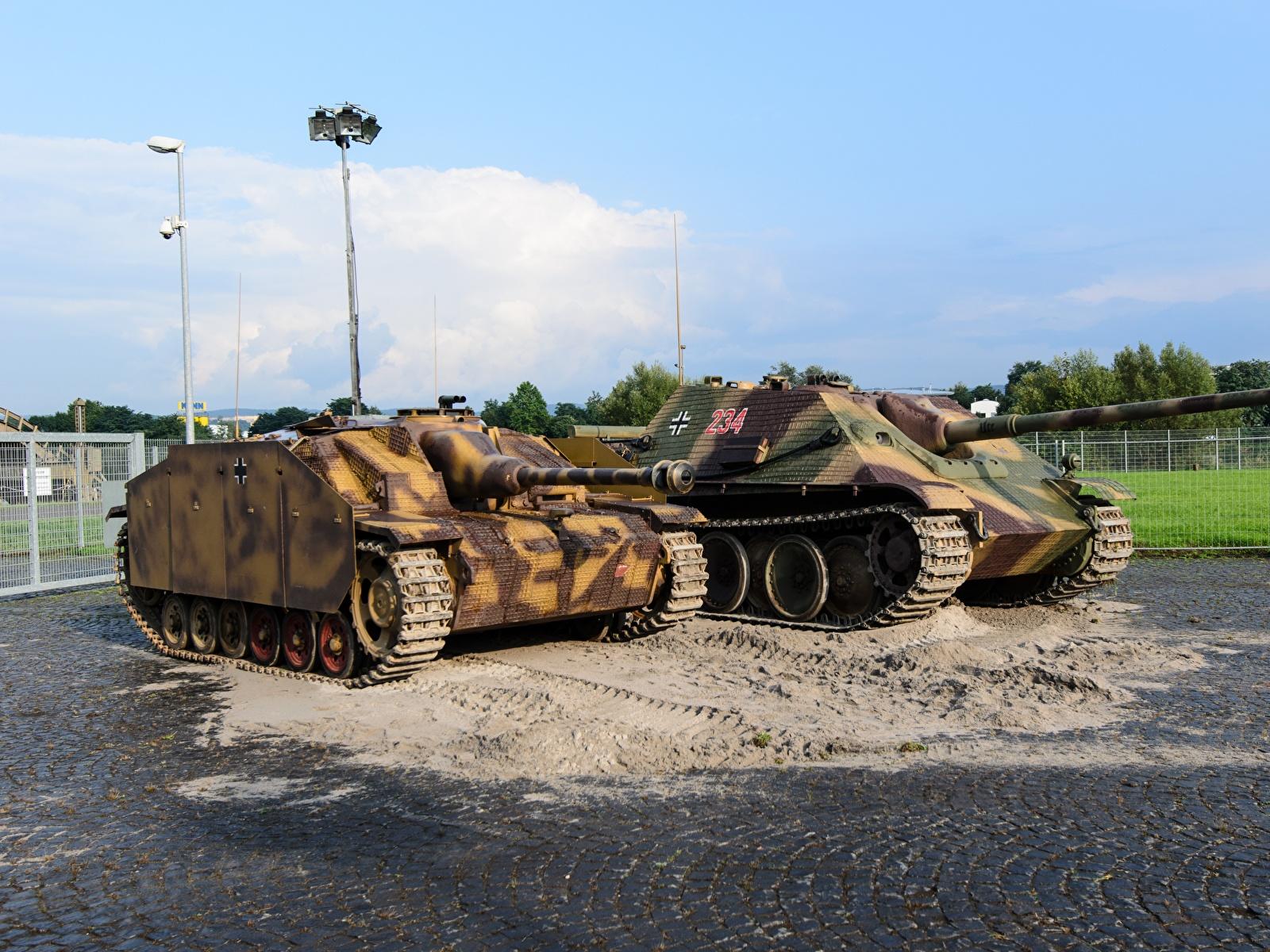 Bilder von Selbstfahrlafette Deutsch Zwei Militär 1600x1200 deutsche deutscher 2 Heer