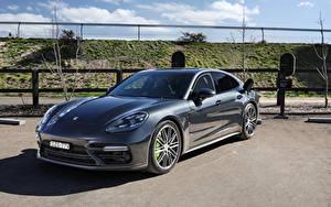 Fotos Porsche Grau Hybrid Autos Metallisch 2017-20 Panamera Turbo S E-Hybrid