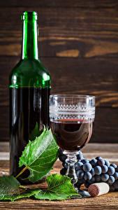 Bilder Wein Weintraube Flaschen Dubbeglas Blattwerk