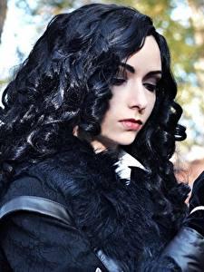 Hintergrundbilder The Witcher 3: Wild Hunt Brünette Haar Cosplay Yennefer Mädchens