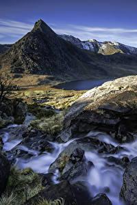 Fotos Vereinigtes Königreich Gebirge Wasserfall Steine Landschaftsfotografie Felsen Capel Curig Wales