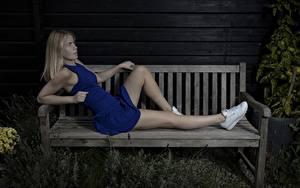 Fotos Bein Schön Blond Mädchen Bank (Möbel) Kleid Mathilde