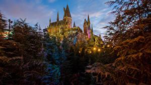 Hintergrundbilder Vereinigte Staaten Disneyland Park Burg Abend Kalifornien Anaheim Design Straßenlaterne Städte