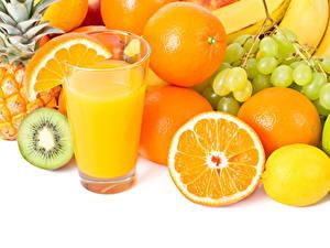 Fondos de Pantalla Zumo Frutas Naranja (Fruta) Limonero Uvas El fondo blanco Vaso