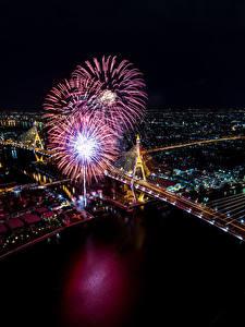 Hintergrundbilder Bangkok Thailand Haus Flusse Feuerwerk Brücken Nacht Von oben Städte