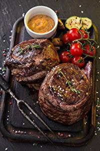 Bilder Fleischwaren Tomate Schneidebrett