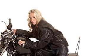 Fotos Weißer hintergrund Blond Mädchen Motorradfahrer Jacke Blick Mädchens