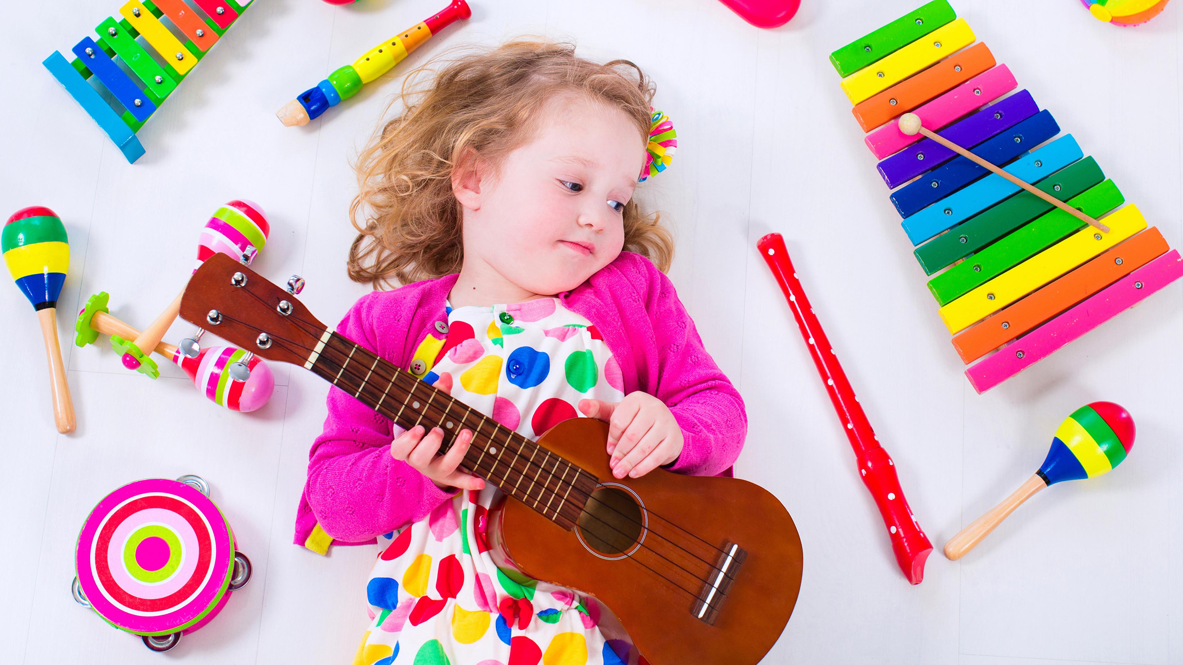 Image Little girls Guitar Children Toys White background 3840x2160
