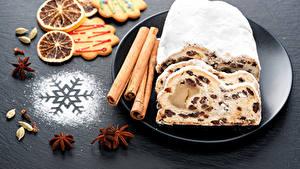 Hintergrundbilder Keks Zimt Kekse Sternanis Rosinen Schneeflocken Teller Lebensmittel