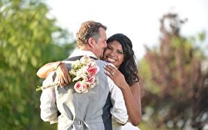 Pictures Lovers Men Bouquets 2 Noces Grooms Bride Brunette girl Smile Hug Hands Negroid Girls