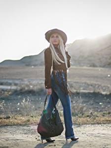 Hintergrundbilder Handtasche Bokeh Blond Mädchen Der Hut Bein Jeans