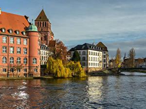 Hintergrundbilder Frankreich Straßburg Gebäude Fluss Brücke
