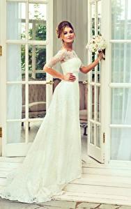 Bilder Braut Kleid Starren