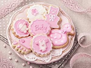 Hintergrundbilder Kekse Zuckerguss Teller Lebensmittel