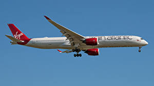 Bilder Airbus Flugzeuge Verkehrsflugzeug Seitlich A350-1000, Virgin Atlantic