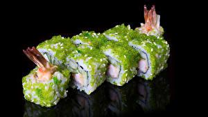 Fotos Meeresfrüchte Sushi Schwarzer Hintergrund Lebensmittel