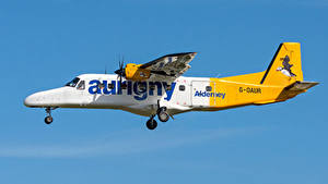 Fotos Flugzeuge Seitlich Flug Dornier Do 228, Aurigny Air Services Luftfahrt