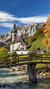 Desktop hintergrundbilder Flusse Brücke Berg Herbst Deutschland Kirche Bayern St. Sebastian, Ramsau Natur