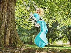 Wallpapers Blonde girl Dress Swing Smile Trees Girls