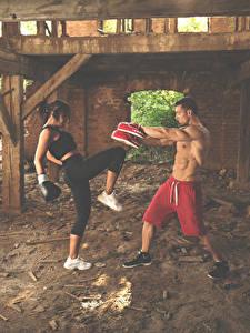 Hintergrundbilder Boxen Mann Zwei Körperliche Aktivität Mädchens Sport