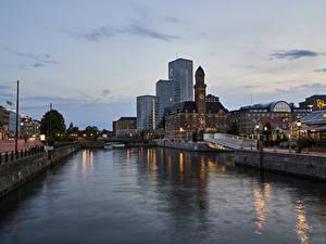 Fotos Schweden Stockholm Haus Flusse Abend Kanal Städte