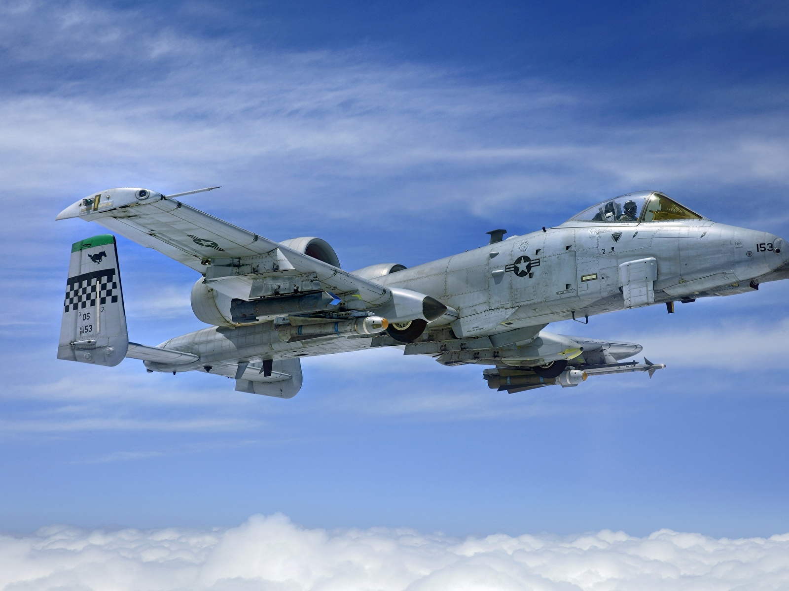 壁紙、1600x1200、飛行機、A-10 (航空機)、攻撃機、AGM-65 Maverick ...
