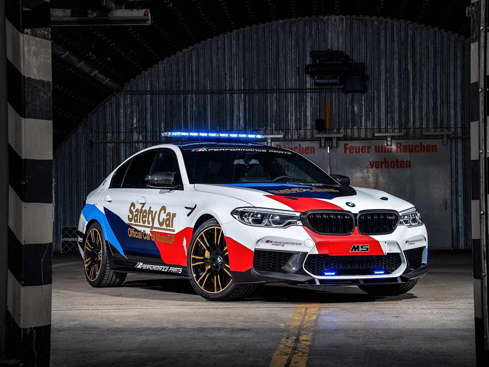 Images BMW Tuning 2018 M5 MotoGP Safety Car auto 1600x1200 Cars automobile