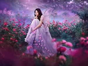 Bilder Feen Asiaten Rosen Sitzend Kleid junge Frauen Fantasy