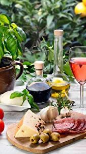 Bilder Tomate Gemüse Knoblauch Oliven Weinglas