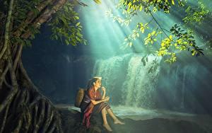 Bilder Wasserfall Asiatische Sitzend Schön Mädchens