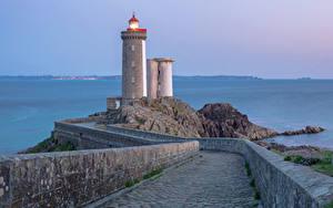Fotos Frankreich Leuchtturm Straße Zaun Brest