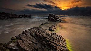 Fotos Bulgarien Meer Morgendämmerung und Sonnenuntergang Stein Küste Wolke Natur
