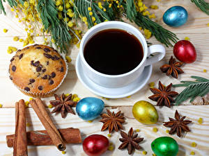 Bilder Feiertage Ostern Kaffee Zimt Sternanis Muffin Ei Tasse Lebensmittel