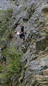 Fotos Gebirge Bergsteigen Felsen Zwei Bergsteiger sportliches