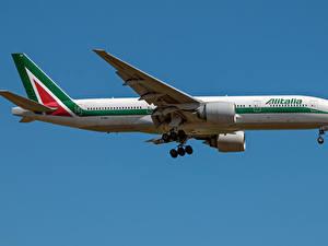 Hintergrundbilder Boeing Flugzeuge Verkehrsflugzeug Seitlich Alitalia, 777-200ER