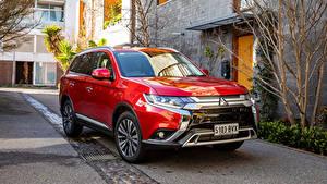 Bilder Mitsubishi Rot Metallisch Crossover 2018 Outlander Exceed Autos