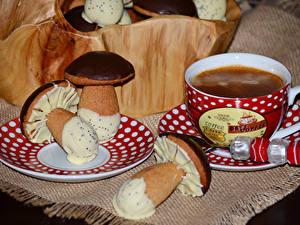 Bilder Kaffee Backware Pilze Schokolade Tasse Lebensmittel