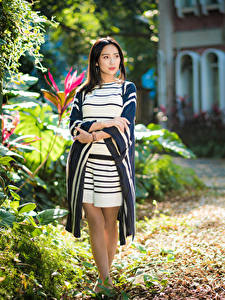 Hintergrundbilder Asiaten Kleid Blick Mädchens