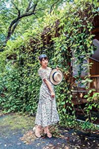 Hintergrundbilder Asiatische Pose Kleid Der Hut
