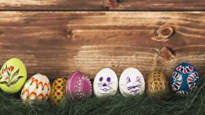 Hintergrundbilder Ostern Bretter Eier Gras